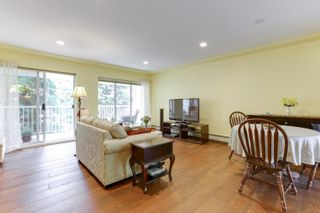 """Photo 2: 205 33401 MAYFAIR Avenue in Abbotsford: Central Abbotsford Condo for sale in """"MAYFAIR GARDENS"""" : MLS®# R2611471"""