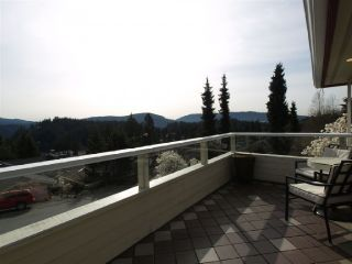 Photo 6: 2255 BADGER Road in North Vancouver: Deep Cove House for sale : MLS®# V817312