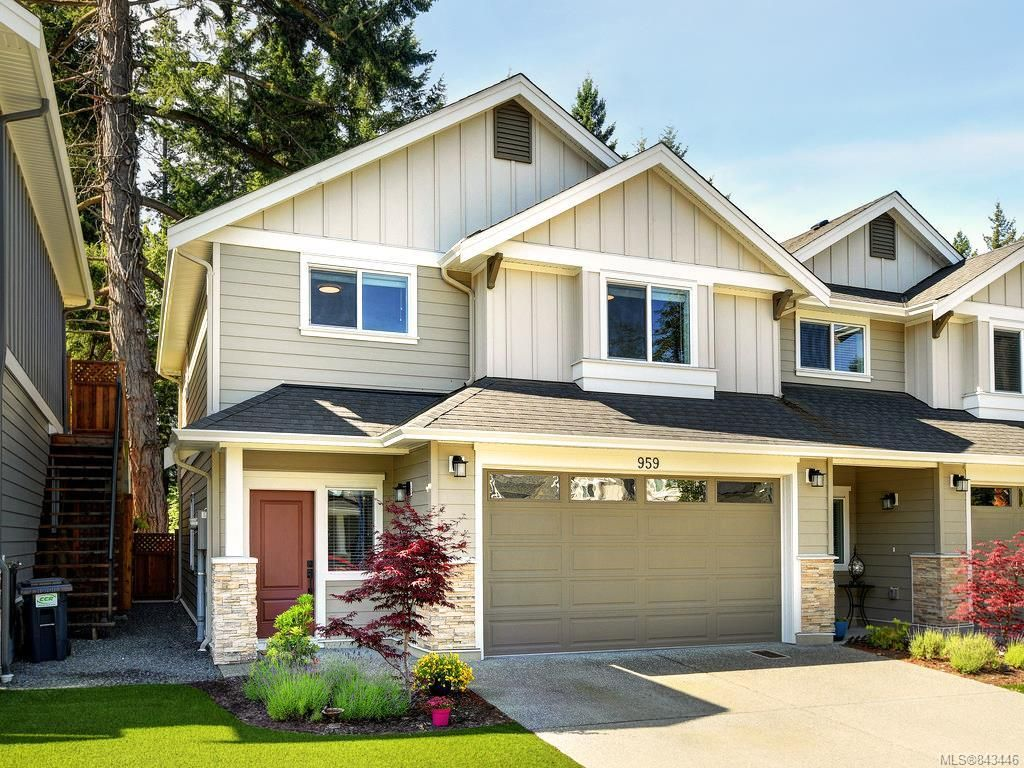 Main Photo: 959 Lobo Vale in Langford: La Happy Valley Row/Townhouse for sale : MLS®# 843446