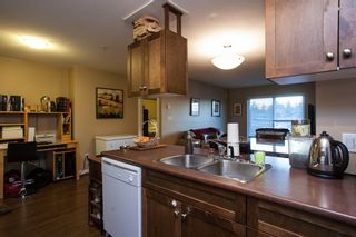 """Photo 7: 107 33960 OLD YALE Road in Abbotsford: Central Abbotsford Condo for sale in """"Old Yale Heights"""" : MLS®# R2130106"""