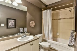 Photo 18: 18568 66A AVENUE in Cloverdale: Home for sale : MLS®# R2034217
