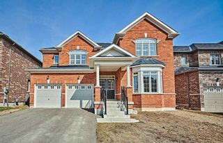 Photo 1: 11 Whitehand Drive in Clarington: Newcastle House (2-Storey) for sale : MLS®# E5169146