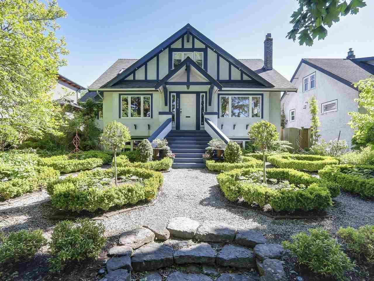 Main Photo: 3960 W 13TH Avenue in Vancouver: Point Grey House for sale (Vancouver West)  : MLS®# R2211924