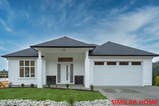 FEATURED LISTING: 171 Golden Oaks Cres