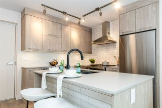 """Photo 8: 1009 QUEBEC Street in New Westminster: Downtown NW Townhouse for sale in """"Capital"""" : MLS®# R2518400"""