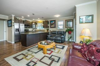 """Photo 4: 312 5488 198 Street in Langley: Langley City Condo for sale in """"BROOKLYN WYND"""" : MLS®# R2149394"""