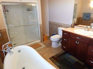 Photo 12: 10 Errington Place in Niverville: Fifth Avenue Estates House for sale ()  : MLS®# 1727517