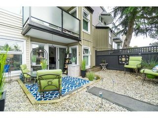 """Photo 12: 119 1850 E SOUTHMERE Crescent in Surrey: Sunnyside Park Surrey Condo for sale in """"SOUTHMERE PLACE"""" (South Surrey White Rock)  : MLS®# R2465271"""