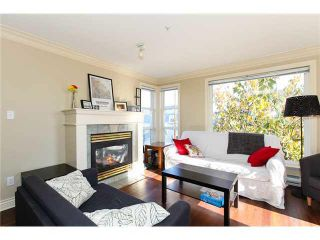 Photo 2: 301 2045 DUNBAR Street in Vancouver: Kitsilano Condo for sale (Vancouver West)  : MLS®# V1126111