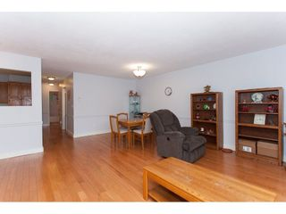 """Photo 8: 4 33123 GEORGE FERGUSON Way in Abbotsford: Central Abbotsford Townhouse for sale in """"The Britten"""" : MLS®# R2238767"""