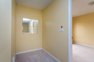 """Photo 16: 68 6465 184A Street in Surrey: Cloverdale BC Townhouse for sale in """"Rosebury Lane"""" (Cloverdale)  : MLS®# R2306057"""
