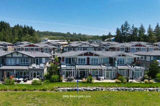 Photo 2: 5969 BEACHGATE Lane in Sechelt: Sechelt District Townhouse for sale (Sunshine Coast)  : MLS®# R2470886
