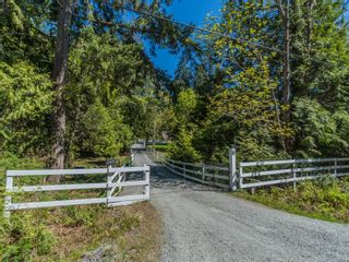 Photo 2: 2485 Pylades Dr in : Na Cedar House for sale (Nanaimo)  : MLS®# 873595