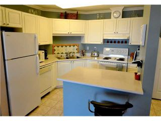 """Photo 4: # 404 519 12TH ST in New Westminster: Uptown NW Condo for sale in """"KINGSGATE HOUSE"""" : MLS®# V1020580"""