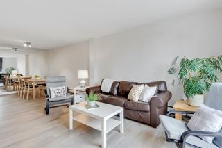 Photo 1: 17B 80 Galbraith Drive SW in Calgary: Glamorgan Apartment for sale : MLS®# A1009732