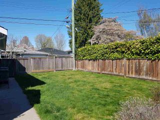 Photo 4: 2563 E 16TH Avenue in Vancouver: Renfrew Heights House for sale (Vancouver East)  : MLS®# R2568299