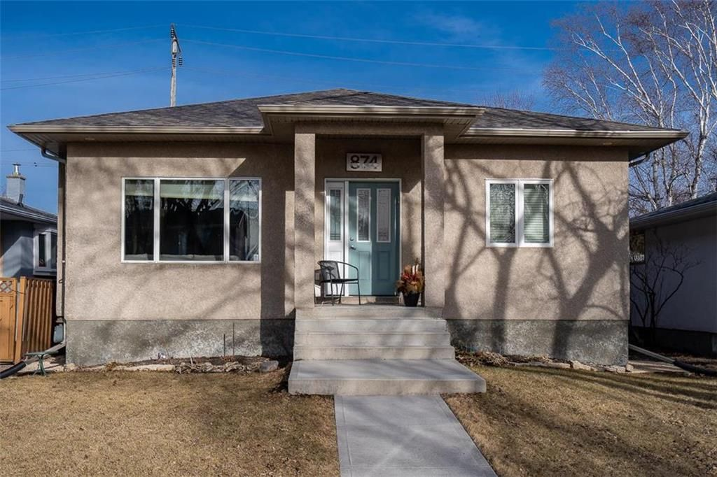 Main Photo: 874 Borebank Street in Winnipeg: River Heights South Residential for sale (1D)  : MLS®# 202102688