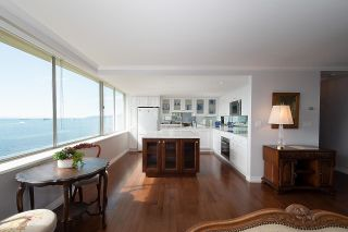 """Photo 9: 1101 1835 MORTON Avenue in Vancouver: West End VW Condo for sale in """"OCEAN TOWERS"""" (Vancouver West)  : MLS®# R2613716"""