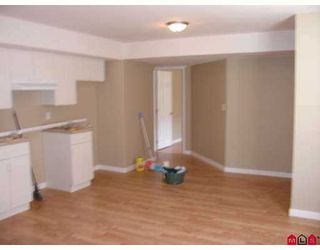 """Photo 9: 5963 165TH Street in Surrey: Cloverdale BC House for sale in """"Clover Ridge"""" (Cloverdale)  : MLS®# F2712749"""