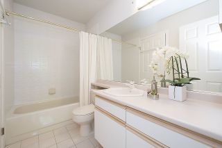 "Photo 17: 315 3777 W 8TH Avenue in Vancouver: Point Grey Condo for sale in ""THE CUMBERLAND"" (Vancouver West)  : MLS®# R2174467"