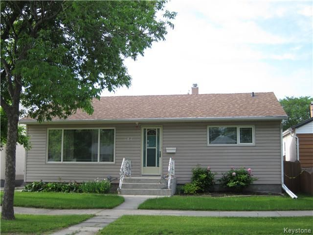 Main Photo: 147 McMeans Avenue in Winnipeg: Transcona Residential for sale (North East Winnipeg)  : MLS®# 1616827