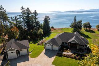 Photo 1: 955 Balmoral Rd in : CV Comox Peninsula House for sale (Comox Valley)  : MLS®# 885746