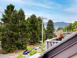 "Photo 22: 401 1989 W 1ST Avenue in Vancouver: Kitsilano Condo for sale in ""Maple Court"" (Vancouver West)  : MLS®# R2592626"