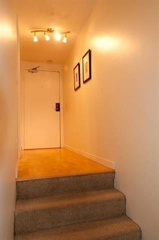 "Photo 12: 204 2125 YORK Avenue in Vancouver: Kitsilano Condo for sale in ""YORK GARDENS"" (Vancouver West)  : MLS®# R2225748"