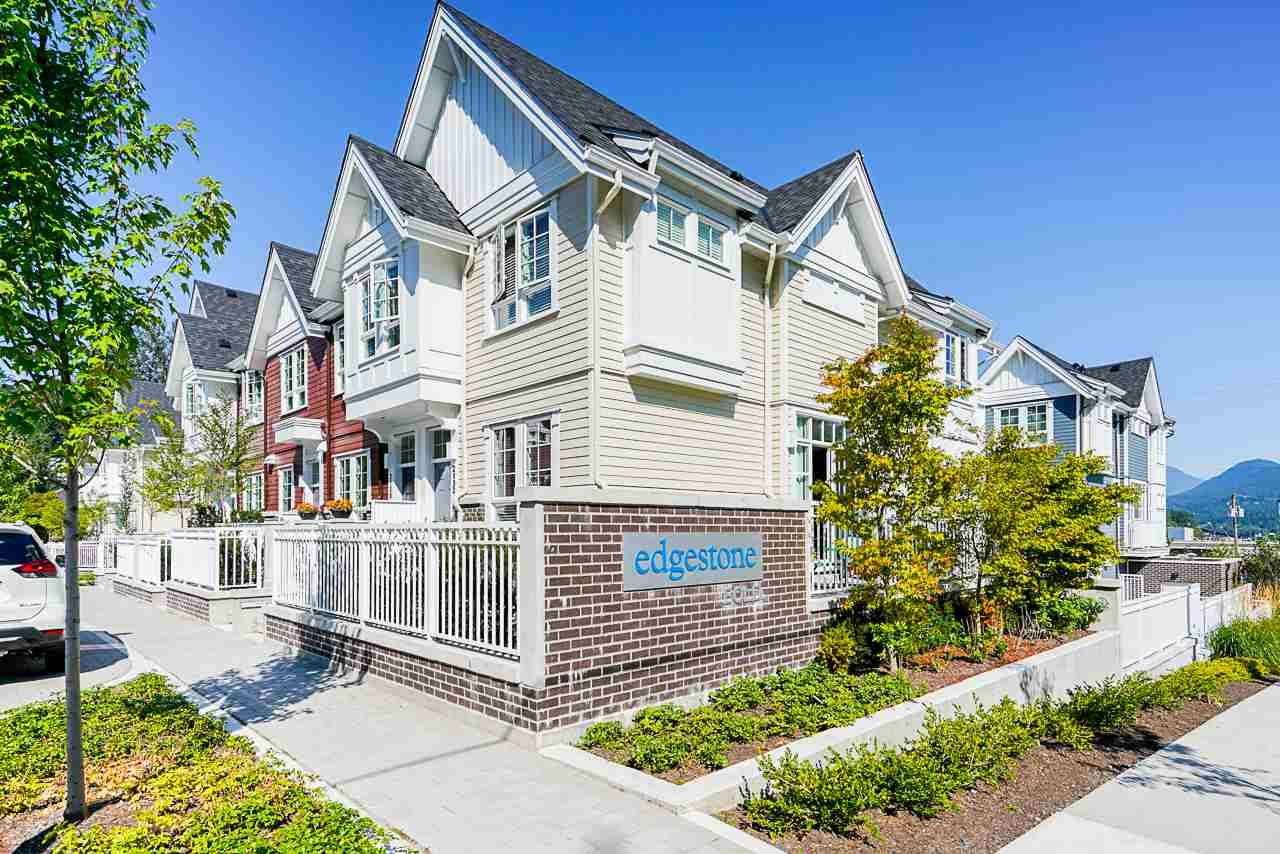 "Main Photo: 2131 CLARKE Street in Port Moody: Port Moody Centre Townhouse for sale in ""EDGESTONE BY BOLD PROPERTIES"" : MLS®# R2486105"