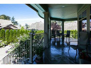 """Photo 18: 2083 136A Street in Surrey: Elgin Chantrell House for sale in """"CHANTRELL PARK ESTATES"""" (South Surrey White Rock)  : MLS®# F1448521"""