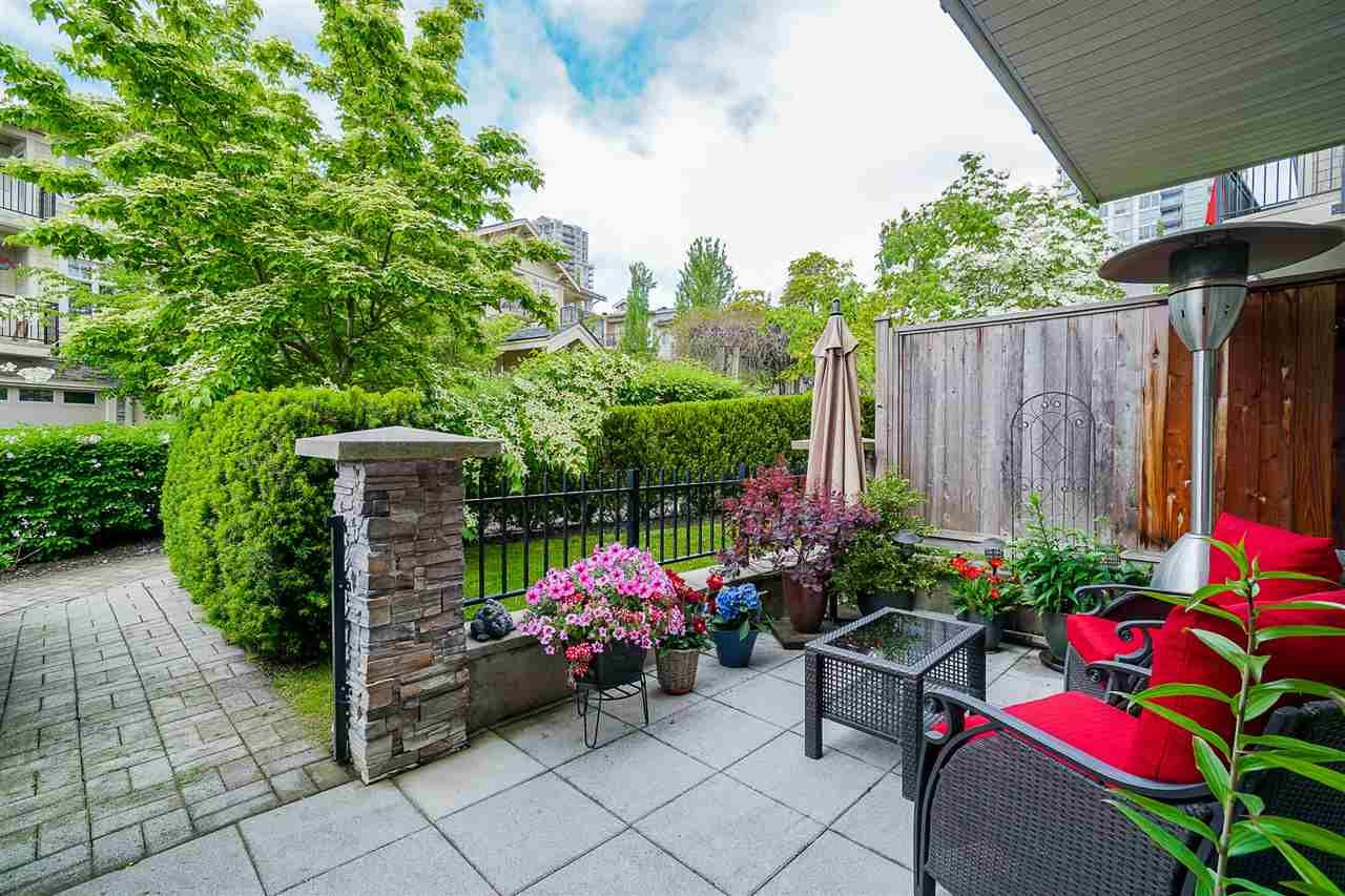 """Main Photo: 38 245 FRANCIS Way in New Westminster: Fraserview NW Townhouse for sale in """"Glenbrooke"""" : MLS®# R2459370"""