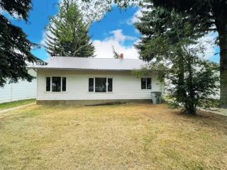 Photo 1: 5220 48 Street: Provost House for sale (MD of Provost)  : MLS®# A1132584
