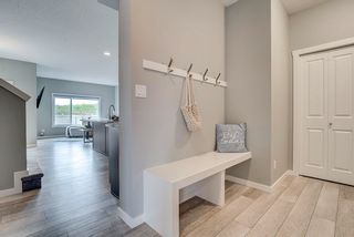 Photo 7: 235 39 Avenue NW in Edmonton: Zone 30 House Half Duplex for sale : MLS®# E4261907