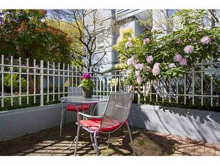 """Photo 5: 5 877 W 7TH Avenue in Vancouver: Fairview VW Townhouse for sale in """"Emerald Court"""" (Vancouver West)  : MLS®# V1119210"""