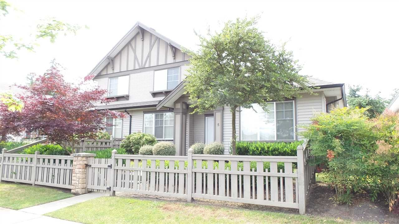 Photo 1: Photos: 5 15868 85 AVENUE in Surrey: Fleetwood Tynehead Townhouse for sale : MLS®# R2075002