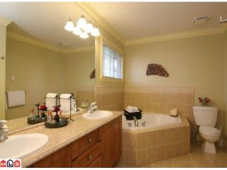 """Photo 9: 2899 147A ST in Surrey: Elgin Chantrell House for sale in """"HERITAGE TRAILS"""" (South Surrey White Rock)  : MLS®# F1109378"""