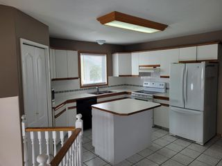 Photo 8: 595 Thistle Street: Pincher Creek Detached for sale : MLS®# A1116565