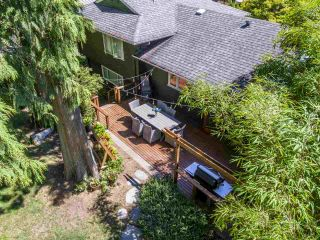 Photo 34: 3751 ROBLIN Place in North Vancouver: Princess Park House for sale : MLS®# R2485057