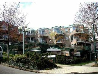 "Photo 1: 202 908 W 7TH AV in Vancouver: Fairview VW Condo for sale in ""LAUREL BRIDGE"" (Vancouver West)  : MLS®# V581613"