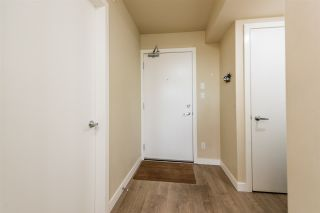 """Photo 14: 502 2689 KINGSWAY in Vancouver: Collingwood VE Condo for sale in """"SKYWAY TOWER"""" (Vancouver East)  : MLS®# R2355485"""