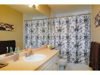 """Photo 6: 29 2378 RINDALL Avenue in Port Coquitlam: Central Pt Coquitlam Condo for sale in """"BRITTANY PARK"""" : MLS®# V922637"""