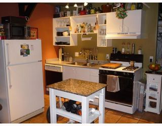 """Photo 6: 305 336 E 1ST Avenue in Vancouver: Mount Pleasant VE Condo for sale in """"ARTECH"""" (Vancouver East)  : MLS®# V749189"""