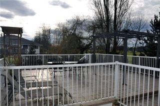 Photo 10: 17096 64TH Avenue in Surrey: Cloverdale BC House for sale (Cloverdale)  : MLS®# F1000732