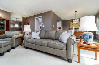 Photo 4: 41 118 Aldersmith Pl in : VR Glentana Row/Townhouse for sale (View Royal)  : MLS®# 878660