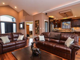 Photo 2: 506 Edgewood Dr in CAMPBELL RIVER: CR Campbell River Central House for sale (Campbell River)  : MLS®# 720275