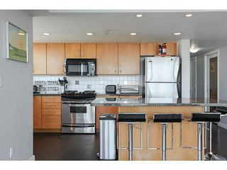 """Photo 7: 2206 120 MILROSS Avenue in Vancouver: Mount Pleasant VE Condo for sale in """"THE BRIGHTON"""" (Vancouver East)  : MLS®# V1108623"""