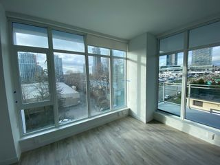 Photo 2: 705 2288 Alpha Avenue in Burnaby: Condo for rent (Burnaby North)
