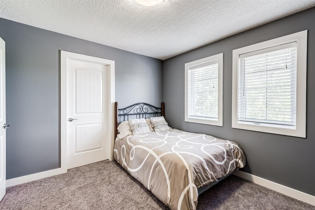 Photo 16: Photos: 503 17 Avenue NW in Calgary: Mount Pleasant Semi Detached for sale : MLS®# A1122825