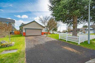 Photo 2: 6202 187B Street in Surrey: Cloverdale BC House for sale (Cloverdale)  : MLS®# R2576659