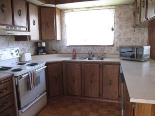 """Photo 5: 2 10221 WILSON Street in Mission: Stave Falls Manufactured Home for sale in """"TRIPLE CREEK ESTATES"""" : MLS®# F1442062"""